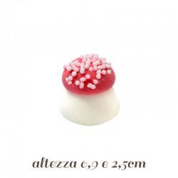 Funghetti di zucchero per decorazioni