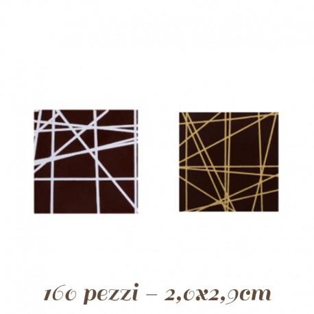 Quadrati di cioccolata per decorazioni